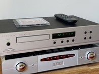 Myryad T-20 CD player with Silver front panel - AMAZING