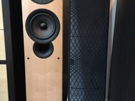 Kef iQ7 Pair of Speakers