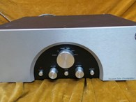 Rogue 66 Valve Preamplifier with Internal MM Phonostage