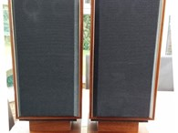 Griffin 27 Aperiodic speakers
