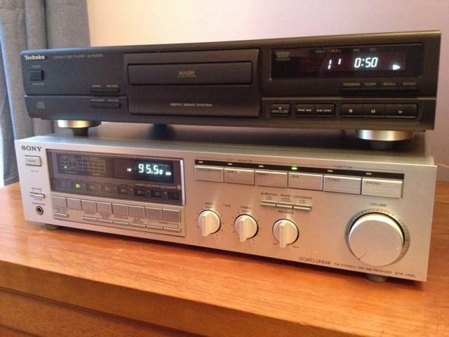 Retro Sony STR-VX4L AMP B&W DW1 Speakers Technics CD Manuals